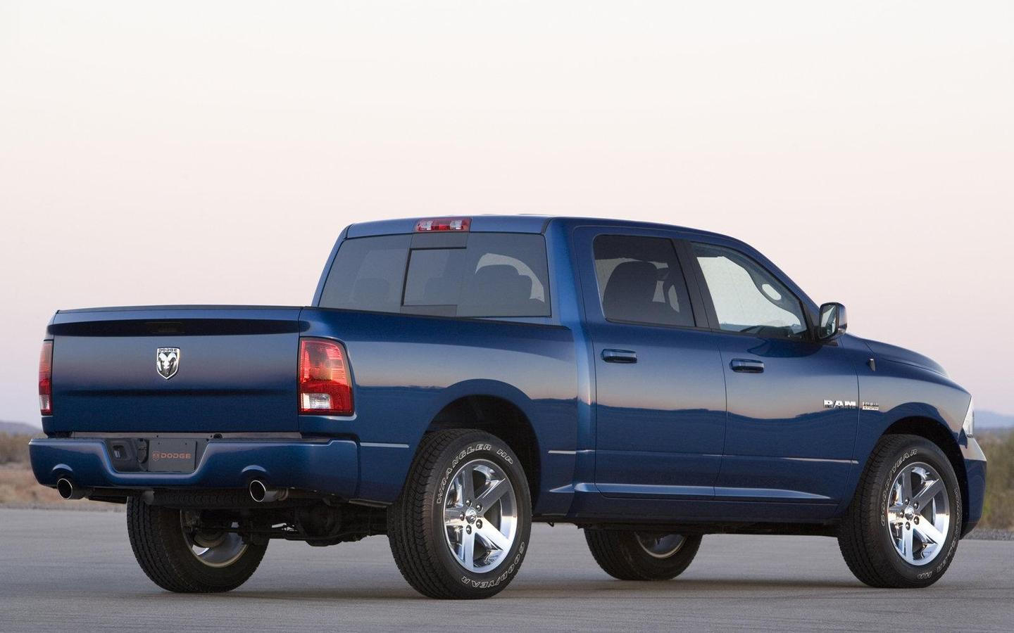 Dodge Ram 1500 Sport 2009 1600×1200 Wallpaper 09